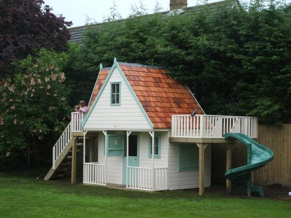 Childrens Chalet Style Playhouse Spiral Slide