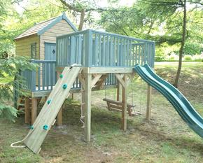 Childrens Tree Houses with Platform and Activities